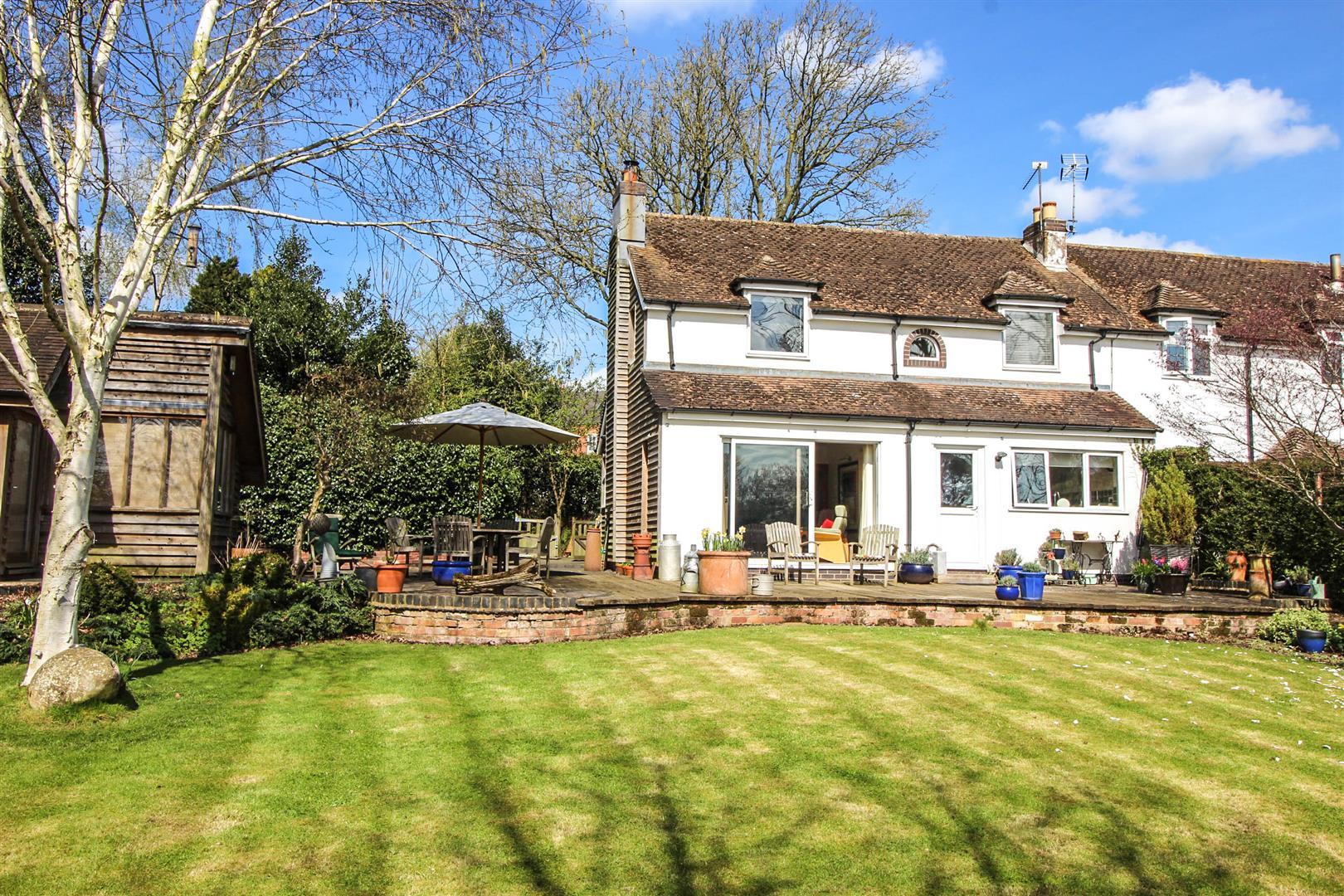 2 Bedrooms Property for sale in Feckenham Road, Astwood Bank, Redditch